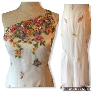 Rimini Embroidered Flower Gown